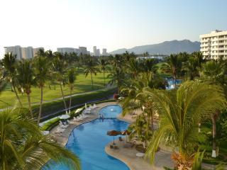 Cozy & comfy flat, perfect location - Acapulco vacation rentals