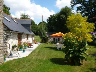 GUIMONDIERE - Saint Aubin du Desert vacation rentals