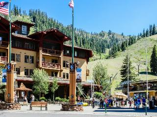 Ski-in/out condo w/ great amenities including year-round outdoor pool & hot tub - Olympic Valley vacation rentals