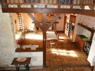3 bedroom House with Internet Access in Jau-Dignac-et-Loirac - Jau-Dignac-et-Loirac vacation rentals