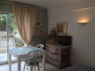 Marie-Antoinette - 2M - Cannes vacation rentals