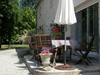 Auroflore - Angouleme vacation rentals