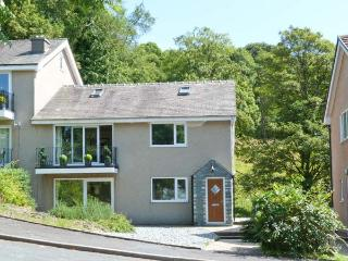 BECKSIDE ground floor, lake views, games room in Bowness Ref 22487 - Troutbeck vacation rentals
