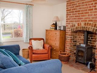 Lovely Cottage with Internet Access and Satellite Or Cable TV - Hadleigh vacation rentals
