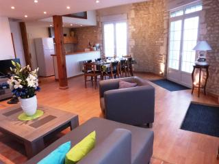 Perfect Condo with Internet Access and Dishwasher - Meschers-sur-Gironde vacation rentals
