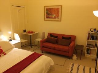 Comfortable, quiet, private studio - Barossa Valley vacation rentals