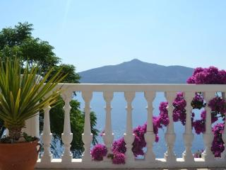 Lovely 2 bedroom Kalkan Condo with Internet Access - Kalkan vacation rentals