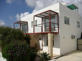 2 bedroom Villa with Internet Access in Tremithousa - Tremithousa vacation rentals
