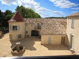 Comfortable 2 bedroom Condo in Capestang with Internet Access - Capestang vacation rentals