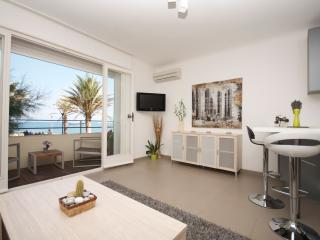 STUDIO 14-Modern studio w/AC & terrace on seafront - Antibes vacation rentals