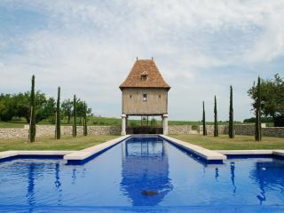 Pretty cottage with 29m long pool - Eymet vacation rentals