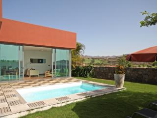 2 bedroom Villa with Internet Access in Maspalomas - Maspalomas vacation rentals