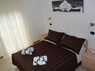 1 bedroom Resort with Internet Access in Viserbella - Viserbella vacation rentals