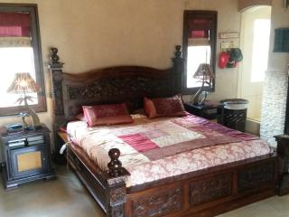 Self catering fully furnished house in Benoni - Springs vacation rentals