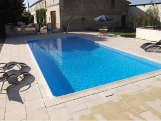Nice Gite with Internet Access and Satellite Or Cable TV - Saint Palais de Phiolin vacation rentals