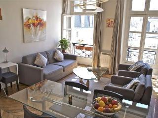 Beauregard Modern - Paris vacation rentals