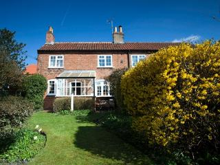 2 bedroom Cottage with Internet Access in Nottingham - Nottingham vacation rentals