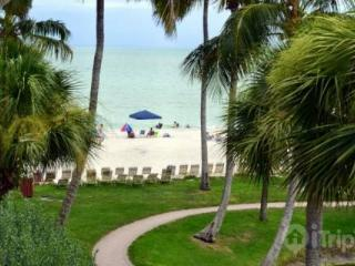 GULF FRONT!!!! STEPS TO BEACH!!! - Sanibel Island vacation rentals