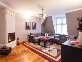 """""""Mokwy"""" Apartment Sopot - Sopot vacation rentals"""
