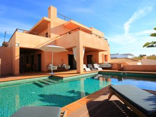 LUXE Villa Gale, front line - Albufeira vacation rentals