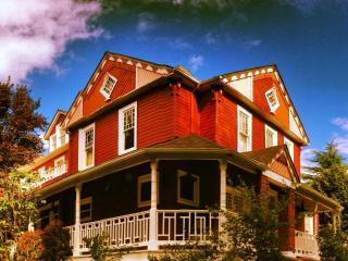 Adams Manor, Snohomish Washington - Snohomish vacation rentals