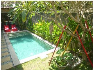 Manja,Enchanting 2 bedroom villa, central seminyak - Seminyak vacation rentals