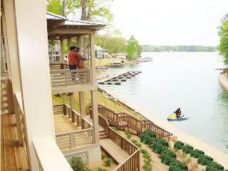 Resort-style Community with Optional Boat Rental. - Dadeville vacation rentals