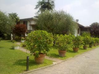 2 bedroom Bed and Breakfast with Internet Access in Gavardo - Gavardo vacation rentals