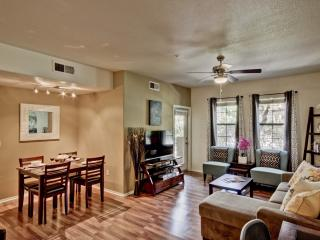 Upscale & Contemporary, Gated, Pool, Wi-Fi, Gym! - Arizona vacation rentals