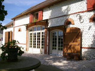 5 bedroom Farmhouse Barn with Internet Access in Mouhous - Mouhous vacation rentals