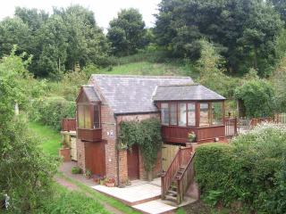 Lovely Cottage with Deck and DVD Player - Thropton vacation rentals