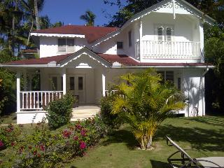 Great Villa with a 5 minute walk to the beach - Las Terrenas vacation rentals