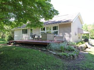 Nice Cottage in Lions Head with Deck, sleeps 8 - Lions Head vacation rentals