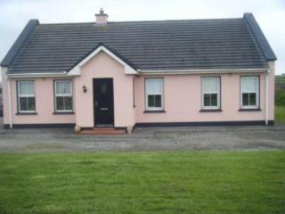 Holiday Home in Ardamore Dingle, Co Kerry, - Kylemore vacation rentals