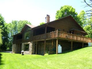 Linkhorn - Family friendly home in a private setting just minutes from The Homestead Resort. Large windows and wraparound deck - Hot Springs vacation rentals