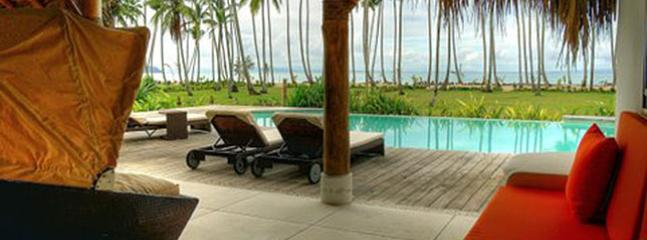 Amazing BEACHFRONT  Villa in Las Terrenas - Image 1 - Las Terrenas - rentals