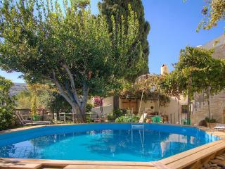 Villa Dimitra - Traditional Country House - Rethymnon vacation rentals