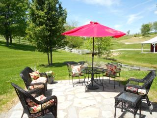 The Cottage at Brianza Gardens and Winery - Crittenden vacation rentals