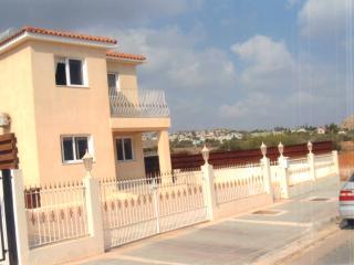 TINAS VILLA. Central Protaras - Protaras vacation rentals