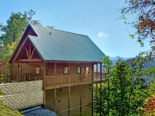 A Lazy Bears Hideaway - Pigeon Forge vacation rentals