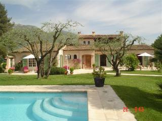 Perfect House with Internet Access and Satellite Or Cable TV - La Gaude vacation rentals