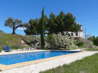 Lovely 3 bedroom Miravet Finca with Television - Miravet vacation rentals