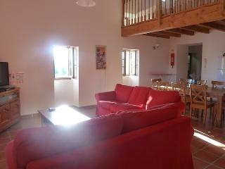 3 bedroom Apartment with Internet Access in Canaules-et-Argentieres - Canaules-et-Argentieres vacation rentals