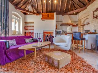 Nice Penthouse with Internet Access and A/C - Sanlucar de Barrameda vacation rentals