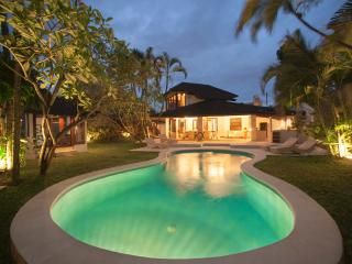 Villa Amaya 5 Bedrooms - Seminyak vacation rentals