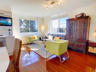 Stylish, studio oasis, just 100m to Bondi Beach! - Sydney Metropolitan Area vacation rentals