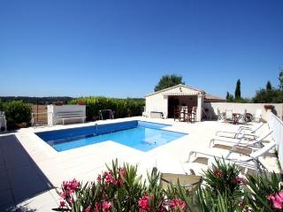 1339 Provence villa with solar heated pool - Puyricard vacation rentals