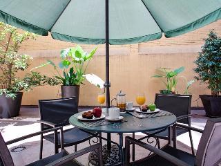 Passeig de Gracia - 1 bedroom with Private patio - Barcelona vacation rentals