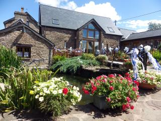 Oak cottage at Pentre farm Usk country cottages - Usk vacation rentals
