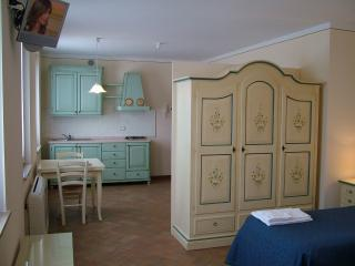 Romantic 1 bedroom Townhouse in San Martino Buon Albergo - San Martino Buon Albergo vacation rentals